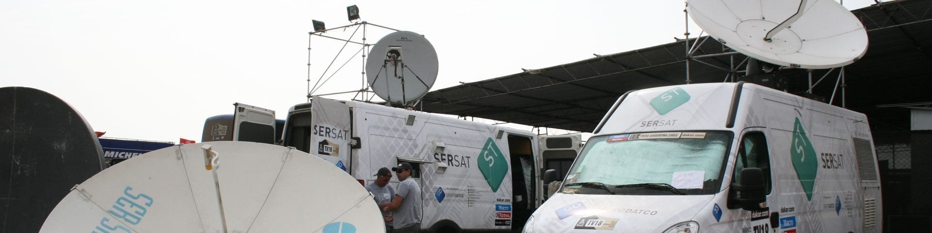 3 dsng camion satelital