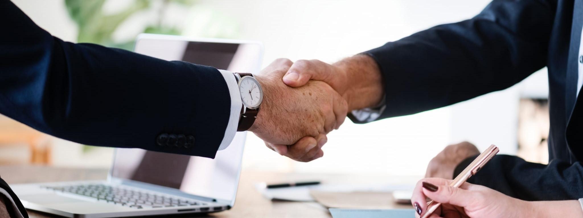 agreement business businessmen 886465 e1593694011303