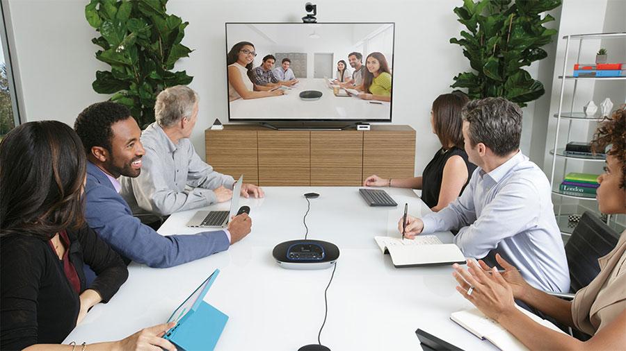 Salas medianas de videoconferencia